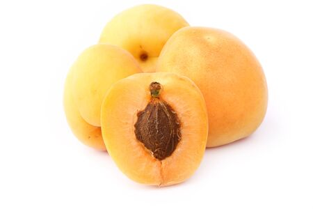 apricot kernels: Apricot isolated on white background