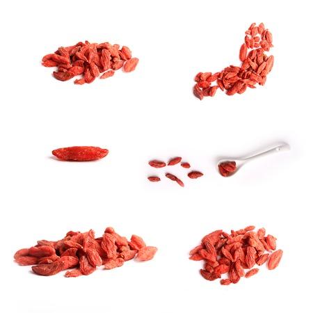 lycii: Set goji berries isolated on white background