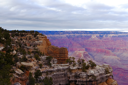 Dramatic view of the Grand Canyon- South Rim