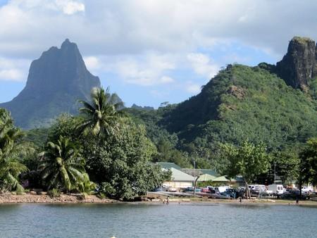Almost unconquerable green mountain Mt. Mouaroa (880 m). Moorea. French Polynesia Stock Photo