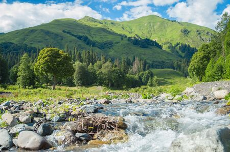 Mountain river valley landscape. Mountain valley river panorama. Mountain river flow. 스톡 콘텐츠 - 128693122