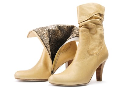 革の女性の靴のペア