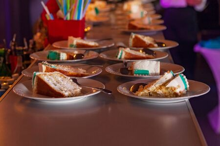 honey cake: honey cake on plate in powdered sugar
