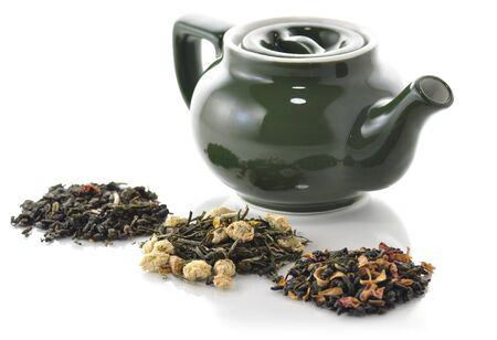 loose leaf: teapot and variety of loose tea  Stock Photo