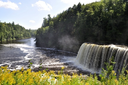 michigan: Upper Tahquamenon Falls in Michigan