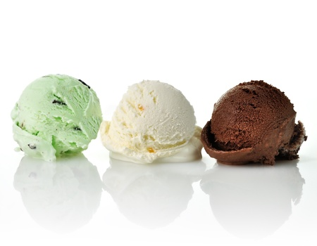 chocolate chips: vanilla , mint and chocolate ice cream scoops