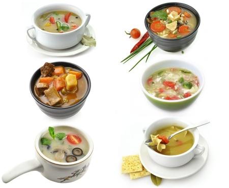 sopa de pollo: Platos de sopa saludable en el fondo blanco Foto de archivo