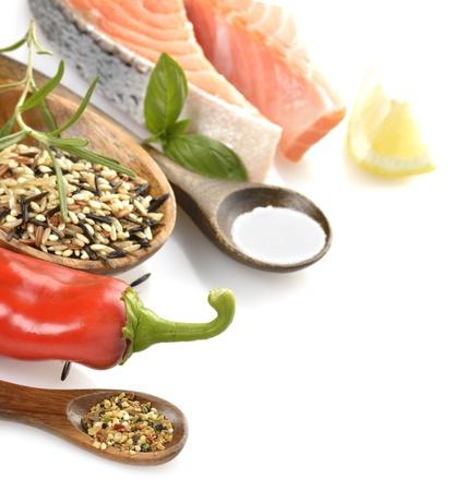 Rebanada de salmón y arroz salvaje con Especias Foto de archivo - 15524120