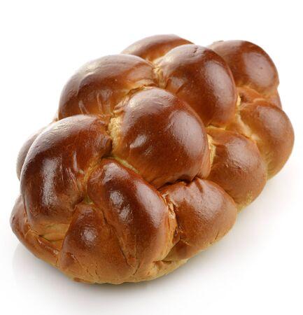 흰색 배경에 빵의 신선한 덩어리