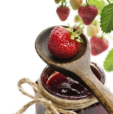 Jar Van Een Strawberry Jam En Verse Bessen