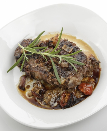 Beef Roast With Tomatoes And Onions