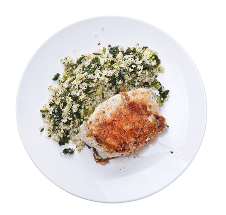 Fried Chicken breast and quinoa salad isolated on white background Foto de archivo - 115209349