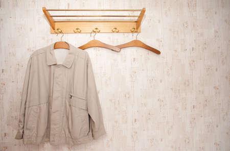 Disparo de cubierta de un pasado de moda  vintage armario Foto de archivo