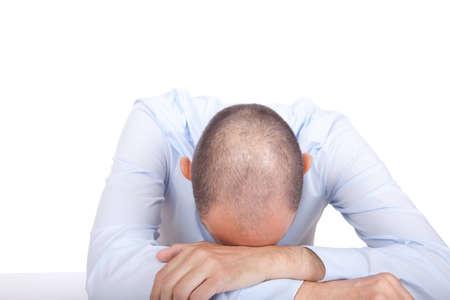 Un homme d'affaires effondré