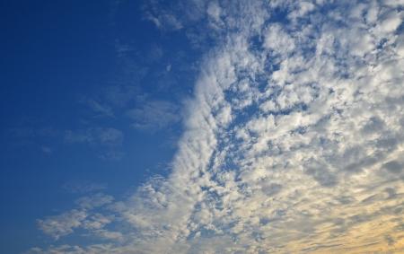 clound: The beatiful sky and the white clound