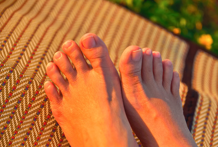 Toe in each leg is five inches and inches of each finger is a more unequal.