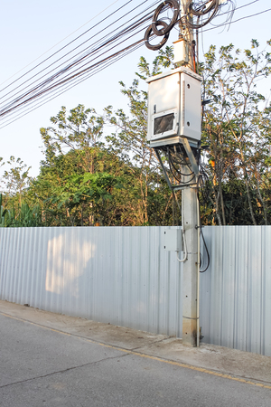 At present, electronic devices are much smaller in size, which can be built into small antennas mounted on a pole.