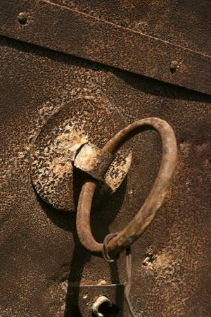 puerta de metal: puerta de metal Foto de archivo