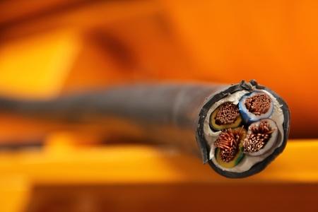 spirale: elektrische Kabel