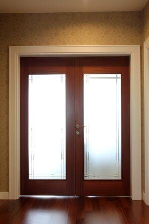 wood door Stock Photo - 9365650