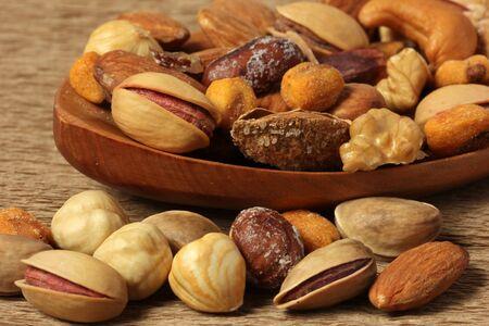 avellanas: frutos secos  Foto de archivo