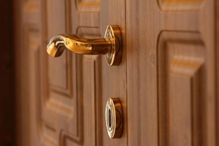 portones de madera: puerta de madera