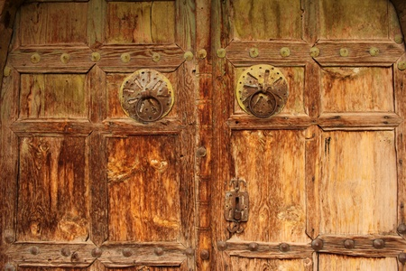 wood door photo
