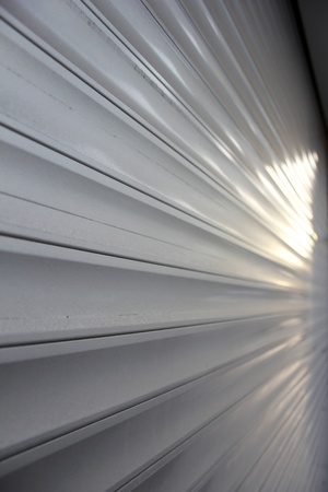 rolling garage door: aluminum siding