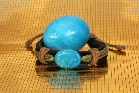animal vein: Bracelet and Marble Egg