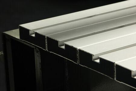 aluminum: aluminum