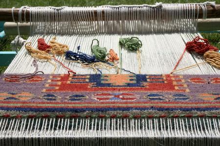 Weefgetouw voor tapijt weven Stockfoto