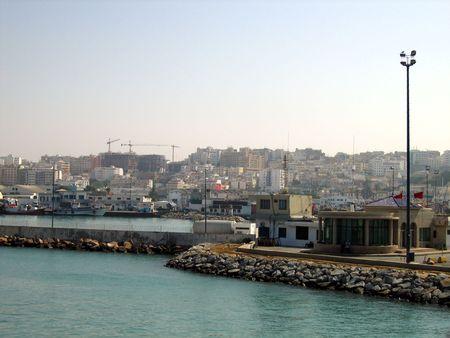 항구와 코스트 탕헤르, 모로코 스톡 콘텐츠