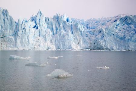 moreno glacier: Perito Moreno Glacier in Parque Nacional Los Glaciares, Argentina