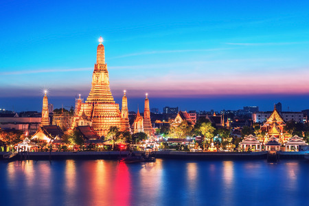 Wat Arun night view Temple in bangkok, Thailand Reklamní fotografie - 35816313