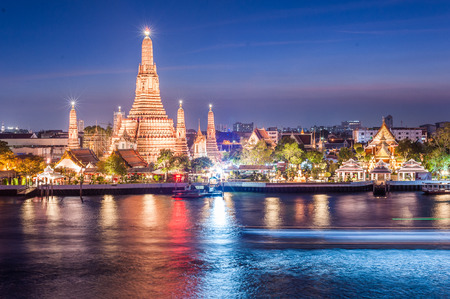 southeast asia: Wat Arun night view Temple in bangkok, Thailand