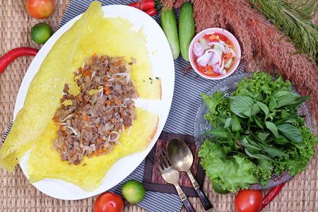 egg roll: Spring egg Roll with pork