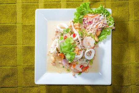 sen: Yum Woon Sen, spicy vermicelli salad