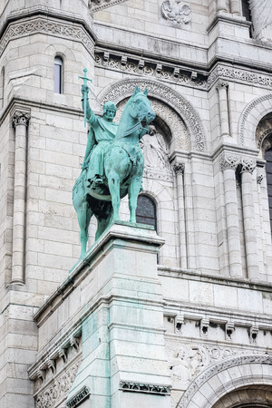 district of columbia: War Soldier Statue in paris,France