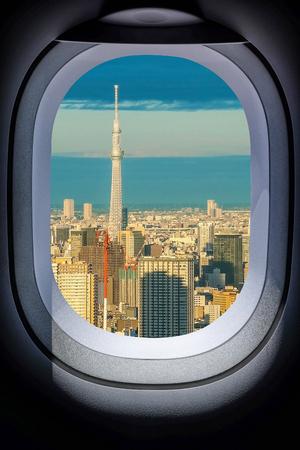 航空機の窓から美しい日本東京の街並