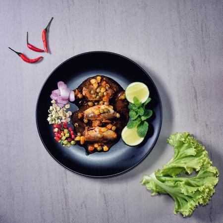 KA: Spicy Canned Sardine Salad (Yum Pla Ka-Pong)