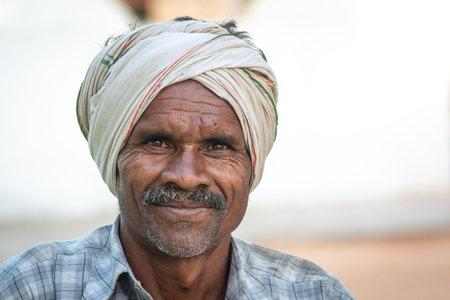 TIKAMGARH, MADHYA PRADESH, INDIA - JANUARY 23, 2021: Portrait of indian old man. Éditoriale