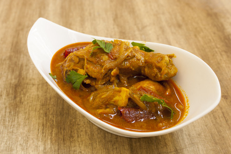 pollo: curry de pollo