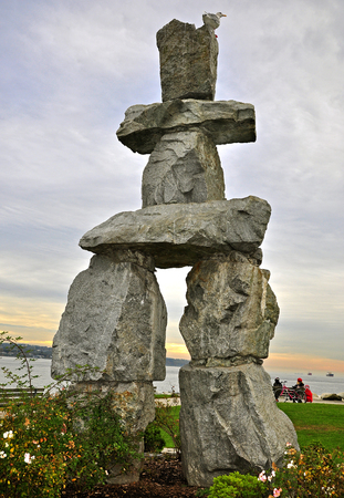 stone balance Imagens