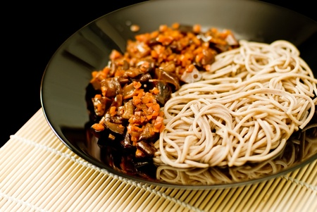 buckwheat noodle: Spicy soba noodles with shiitake and carrot dressing