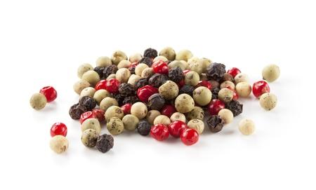 pepe nero: Colored Mix Peppers su sfondo bianco