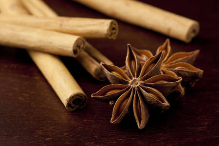 Cinnamon stick and star anise was placed on top of the wooden board Stock Photo - 12730293