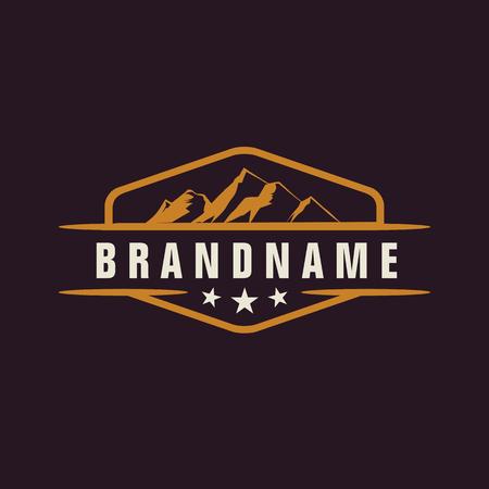 Elemento di design di montagna in stile vintage per logotipo, etichetta, distintivo e altri design. Avventura illustrazione vettoriale retrò.