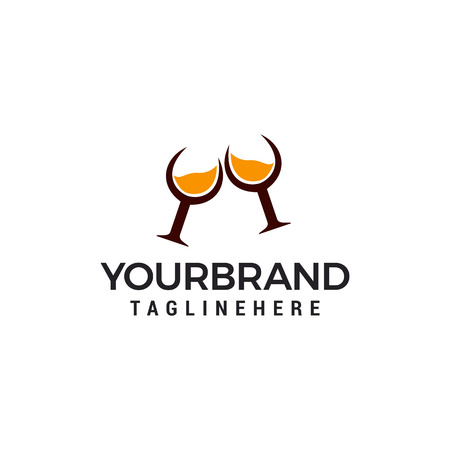 elementi del modello di progettazione del logo del bicchiere da whisky