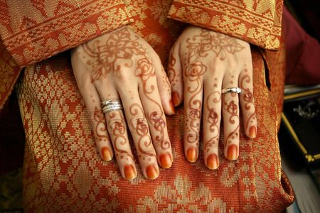 traditional custom: Henna