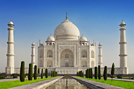 temple tower: Taj Mahal in sunrise light, Agra, India Stock Photo